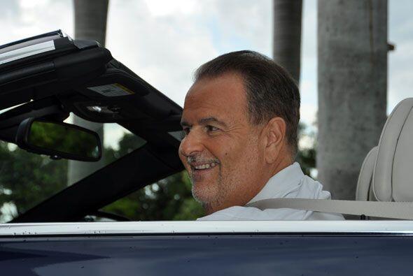 Ahora si Raúl, listo para salir a manejar.