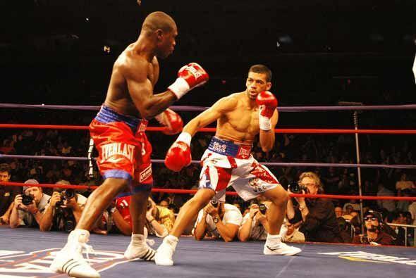 La pelea estelar fue por el título welter entre Andre Berto y Carlos Qui...