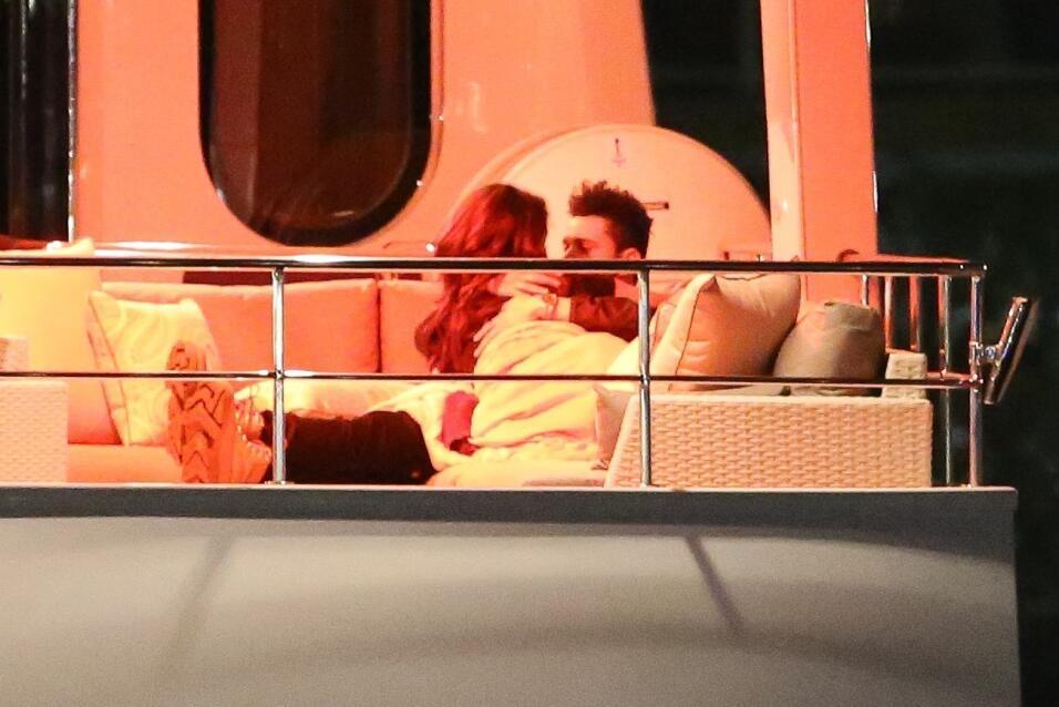 Prácticamente, la pareja se besó toda la noche.