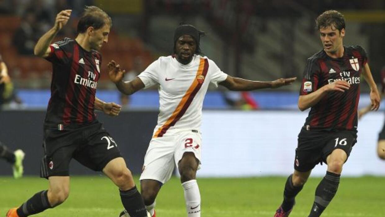 El conjunto giallorosso perdió en la cancha San Siro ante los rossoneros.
