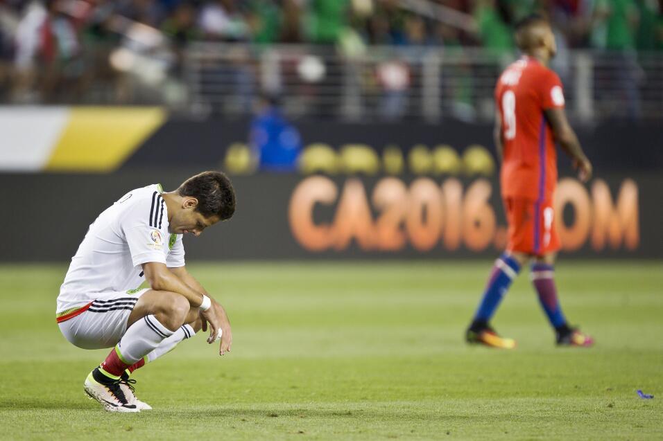 """Osorio respalda al Chicharito: """"Es injustamente criticado"""" GettyImages-5..."""