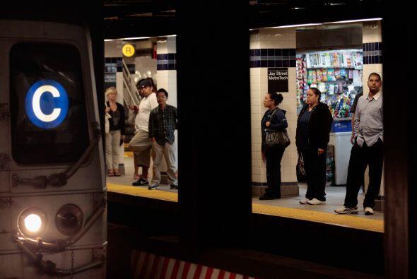 La decisión de la MTA el sábado de detener todos los trenes subterráneos...