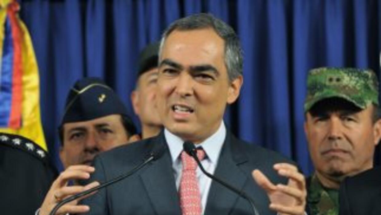 El ministro colombiano de Defensa, Rodrigo Rivera, anunció la liberación...