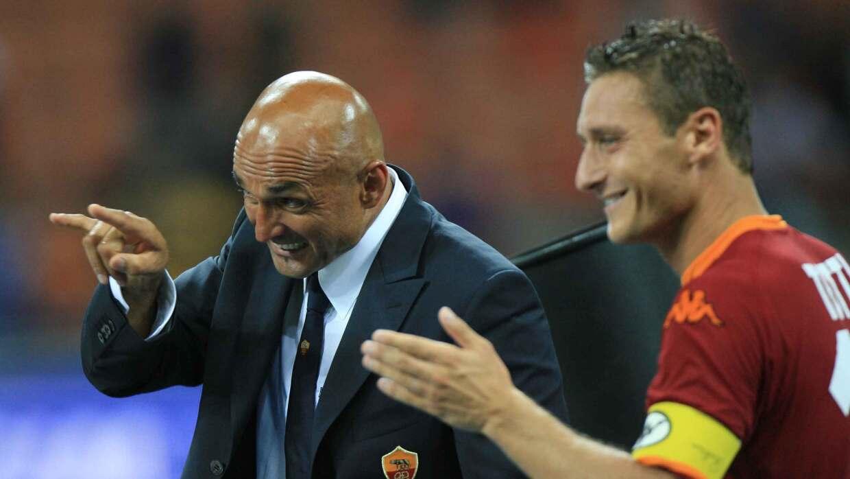 Aparta a Totti de concentración de la Roma