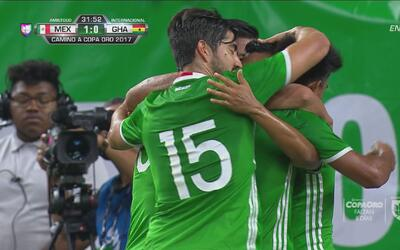 Elías Hernández adelantó 1-0 a México sobre Ghana desde los once pasos