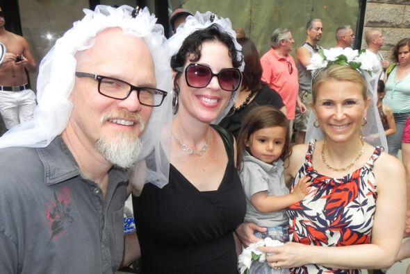 El Desfile del Orgullo en Nueva york 6c69e8a772014616a337f4f3356e1cb9.jpg