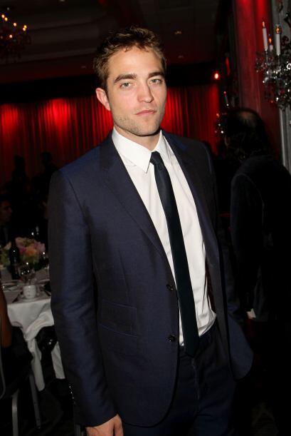 Y si Taylor hizo de las suyas en la mencionada saga, Robert Pattinson si...