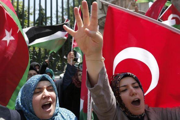 Mujeres turcas protestan contra los ataques israelíes en Gaza