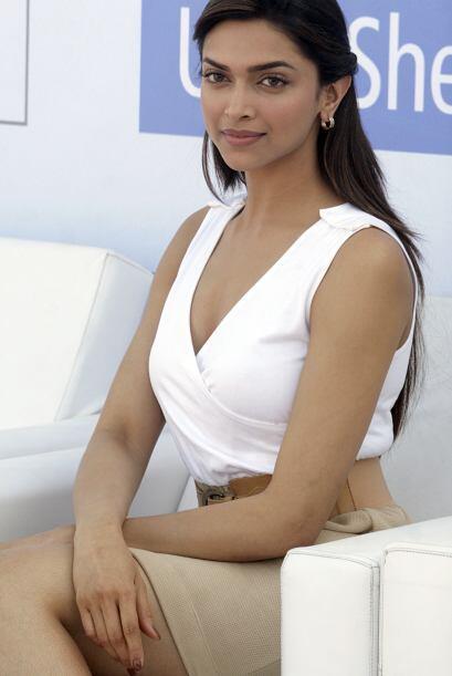 Deepika Padukone es una actriz que representa muy bien la belleza de la...