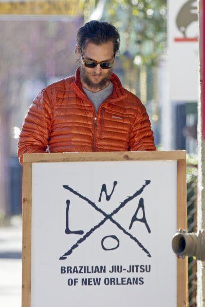 Matthew McConaughey luce guapo en todo momento.