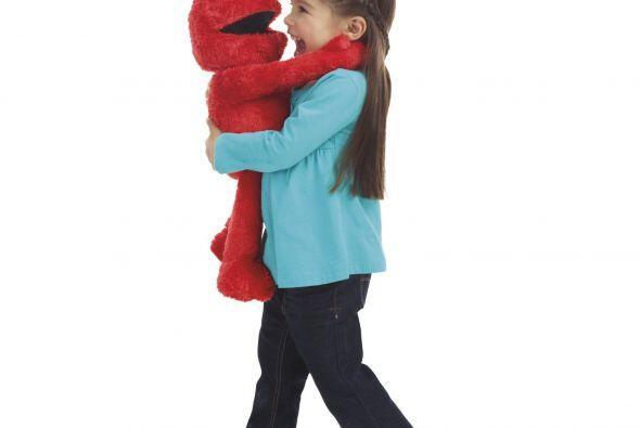 """""""Elmo Grandes Abrazos"""": el nuevo peluche interactivo de PLAYSKOOL que re..."""