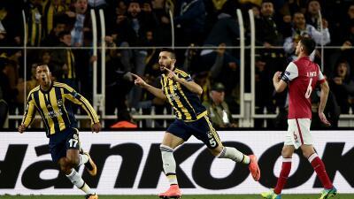 Fenerbahce, Lazio  y Shakhtar sacan ventaja en la ida de octavos en la Europa League