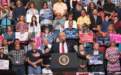 Trump propone crear una ley (que ya existe) para negar beneficios social...