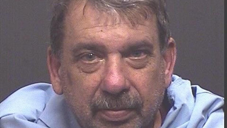 Arrestan a ex detective por robo en  departamento de evidencia Tarnow%2C...
