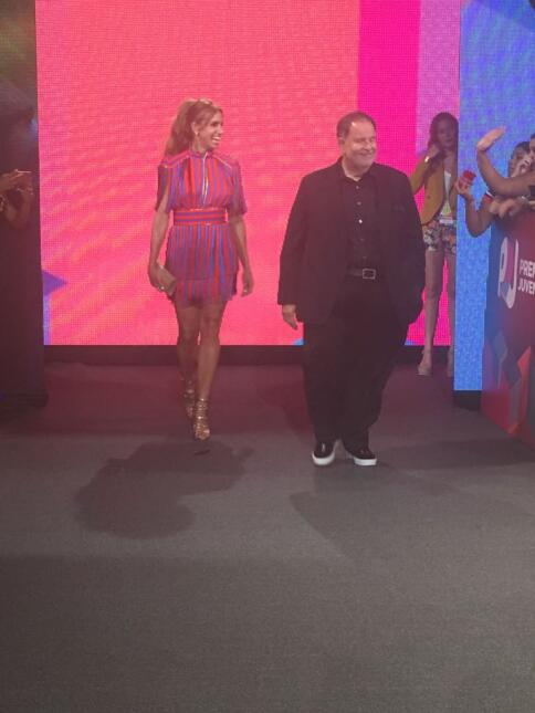 El Gordo y La Flaca en la alfombra de Premios Juventud
