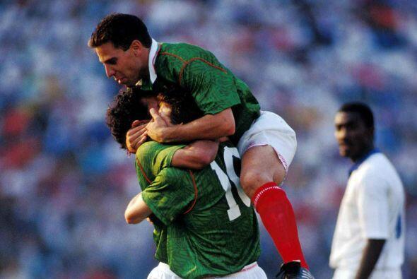 Al final del partido México saldría con la victoria por go...