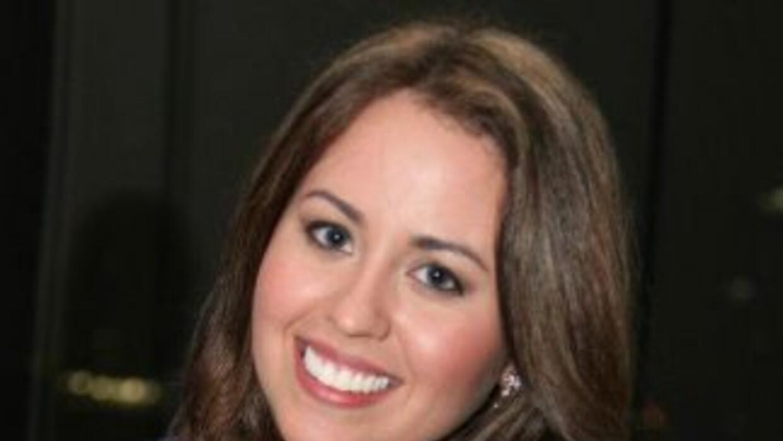 Jined Lamata is an alumna of Florida International University with a deg...
