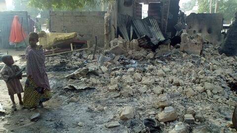 Ataque en Nigeria deja casi un centenar de muertos