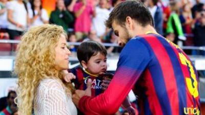 Piqué y Shakira con Milan.