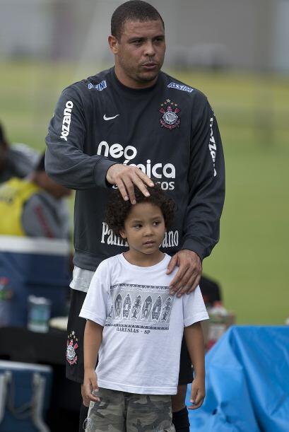 Luego de someterse a un examen de ADN solicitado por la madre, la brasil...