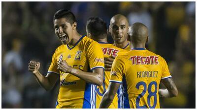 Los Tigres silenciaron los ladridos de los Xolos con 2-0 en el Volcán ti...
