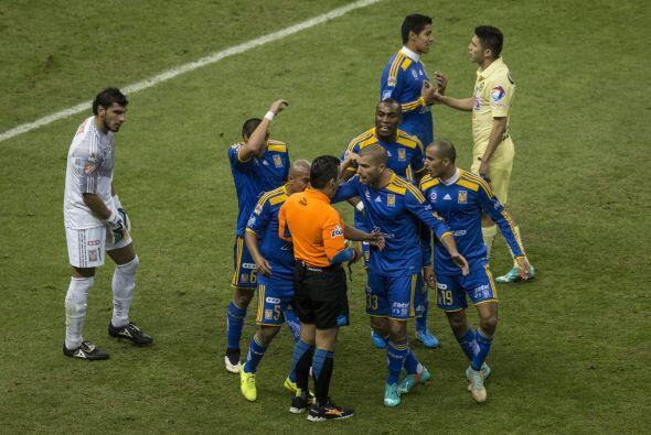 No obstante, en una falla de concentración, el meta Nahuel Guzmán dejó e...