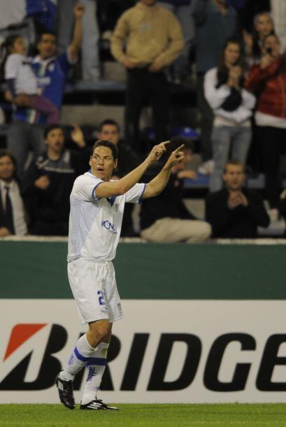 Guillermo Franco bailó y Vélez lo acompañó tras la goleada ante Argentin...