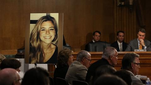 La familia Steinle se muestra indignada por falta de acción legal