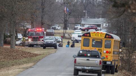 Dos estudiantes muertos y 17 heridos tras tiroteo en escuela preparatori...