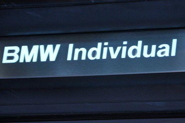 El 650i cuenta con el paquete BMW Individual que permite personalizar mu...