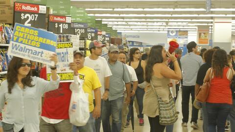 """""""Tú pagas más impuestos que Walmart"""", cantaban para denunc..."""