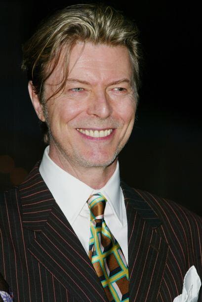 Bowie sabe que siempre tiene la combinación perfecta..