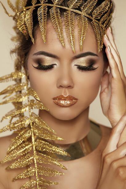 El dorado hace su aparición de manera muy fuerte. Lo podrás usar en tus...