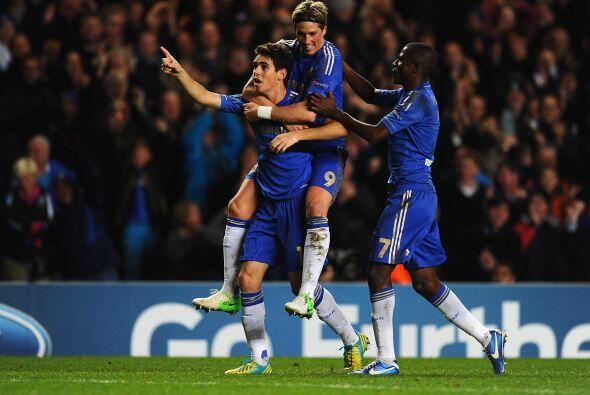 Pero otro brasileño, Oscar, devolvió la ventaja a los 'Blues'.