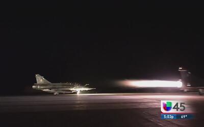 Francia responde a los atentados con bombardeos a ISIS