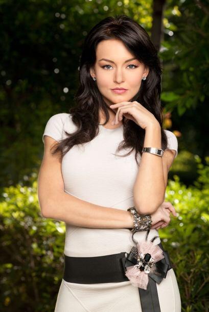 """La última versión de """"Teresa"""" fue protagonizada por Angelique Boyer."""