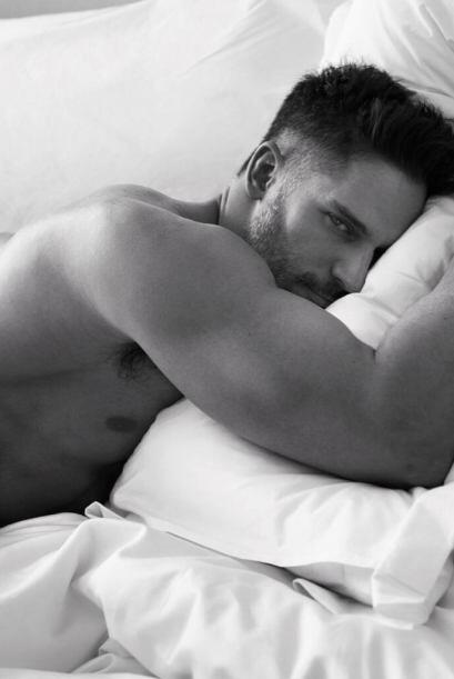 ¿Alguien quiere acompañarlo en la cama?  Mira aquí los videos más chismo...
