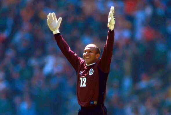 Oscar Pérez es otro de los jugadores que sorprendió con su regreso al Tr...