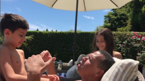 Los gemelos de Jennifer López, Max y Emme, pasaron un divertido f...