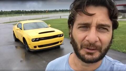 Jaime Gabaldoni y el Dodge Challenger SRT 2017 en Indianapolis.