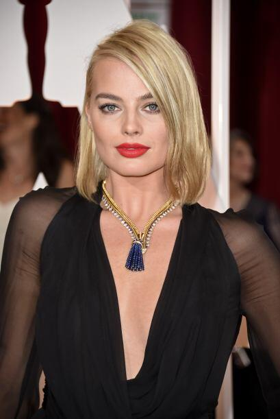 Una de las más aplaudidas de la noche por su 'look' fue la actriz Margot...