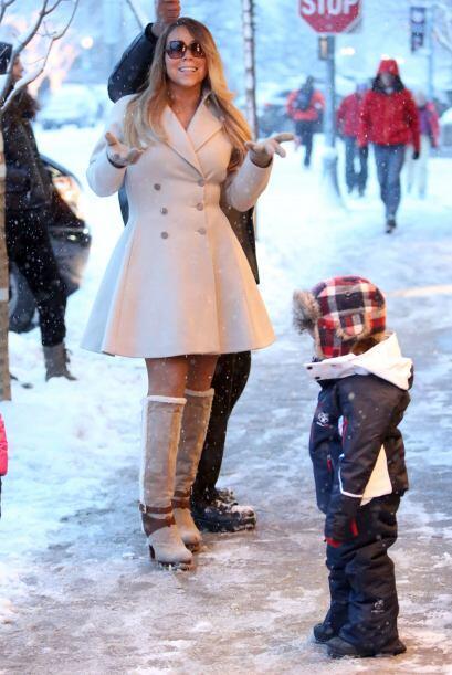 Mariah Carey disfrutó de la nieve con un hermoso abrigo, con el q...