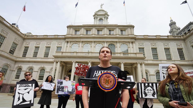 Xena Grandichelli se hizo activista tras sufrir abuso sexual en Rikers