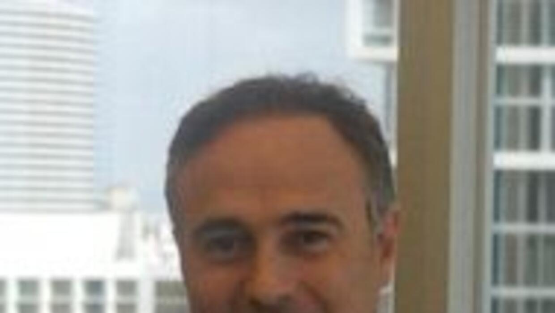 Barron's elige a hispano entre los mejores asesores financieros del mund...