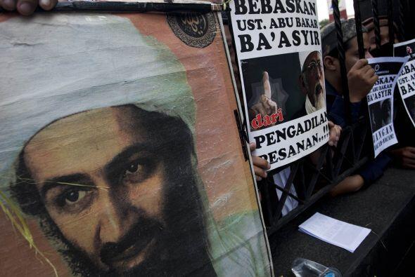 Igualmente se habla de Osama bin Laden, abatido en Pakistán el 2 de mayo...