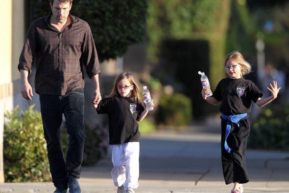 Ben Affleck, Violet y SeraphinaEste guapo actor de Hollywood sólo tiene...