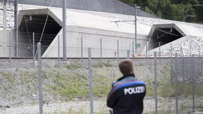 Inauguran el túnel más largo y profundo del mundo