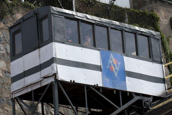 Los ascensores o funiculares de Valparaíso han sido desde m&aacut...