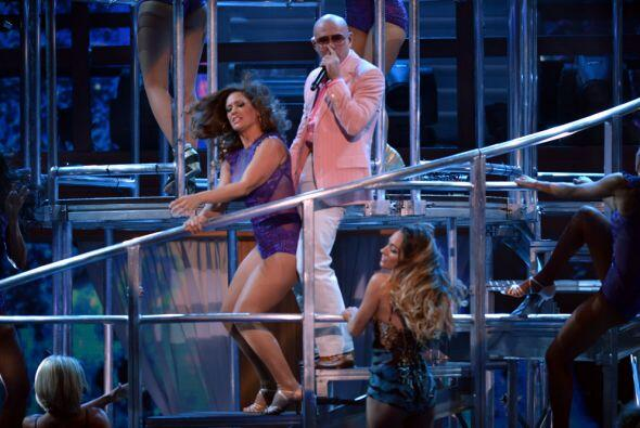 Pero a esa fiesta se unió Pitbull.