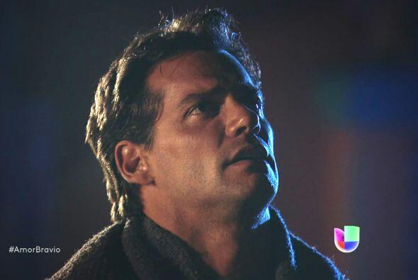 Daniel está a punto de unir su vida a la de Camila y agradece a M...
